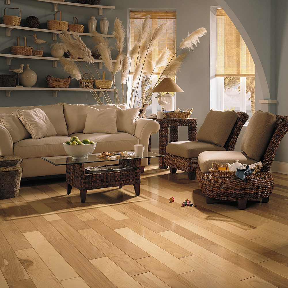 Hickory Laminate Flooring for Modern and Traditional Homes