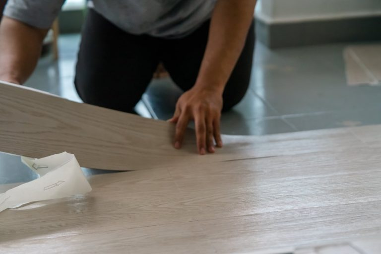 Peel and Stick Vinyl Tile Flooring Complete Facts
